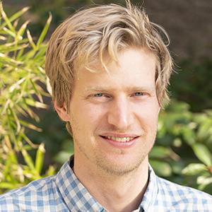 BEN SCHOENBURG, TAMARIND CURATOR
